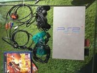 (PS2) Sony PlayStation 2 Satin Silver Console + Wires/Cables + 17 ++ GAMES FOR IT