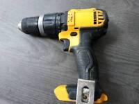 Dewalt DCD785 combi drill