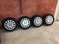 Ford Focus Ghia Alloy wheels