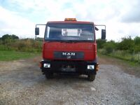MAN 2002 18 Tonne Skip Lorry with extendable arms. Spares or repairs. No MOT
