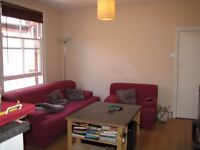Newly renovated 3 to 4 bed 1st floor maisonette flat with garden in Cricklewood
