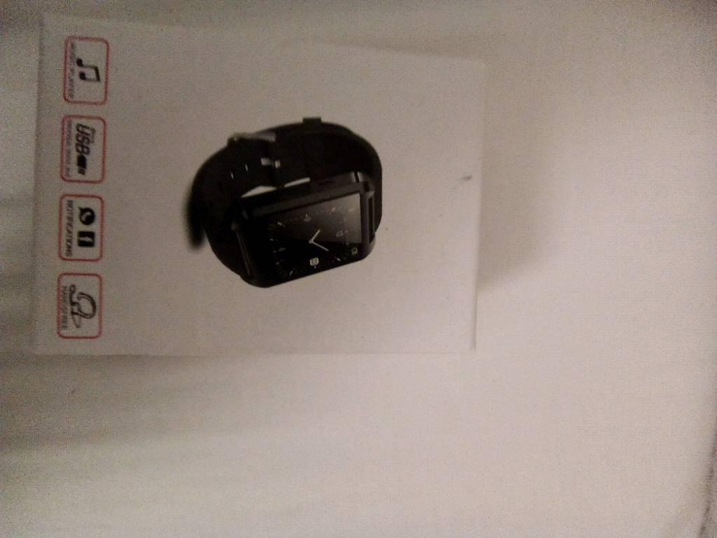 Smartwatch new box open