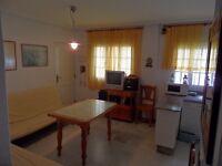 Deluxe one bedroom beach apartment in Spain to rent. Cadiz