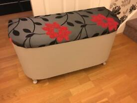 Ottoman blanket box