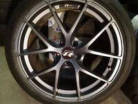 "VW GOLF 18"" R-LINE ALLOYS WITH GUD TYRES ALL ROUND NO CRACKS OR BUCKLES £350 (LOADS MORE AV 7-DAYS)"