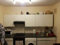 CLEAN, BRIGHT AND SPACIOUS DOUBLE BEDROOM TO RENT IN ZONE 2