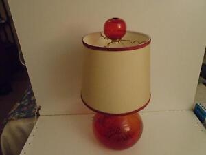CRANBERRY GLOBE LAMP