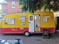 Project - Original Circus Caravan 4 Berth Swift Challenger - Needs to be gone on 6 August