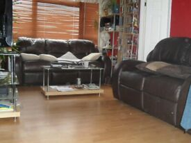 OFFERING A CASH INCENTIVE TO FACILITATE MOVE. MY LARGE 1 BED FOR YOUR 2 BED.