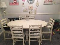 Dining table and 6 chairs in need of upscaling