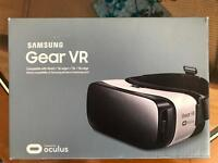 Samsung Gear VR - As good as new - only £50