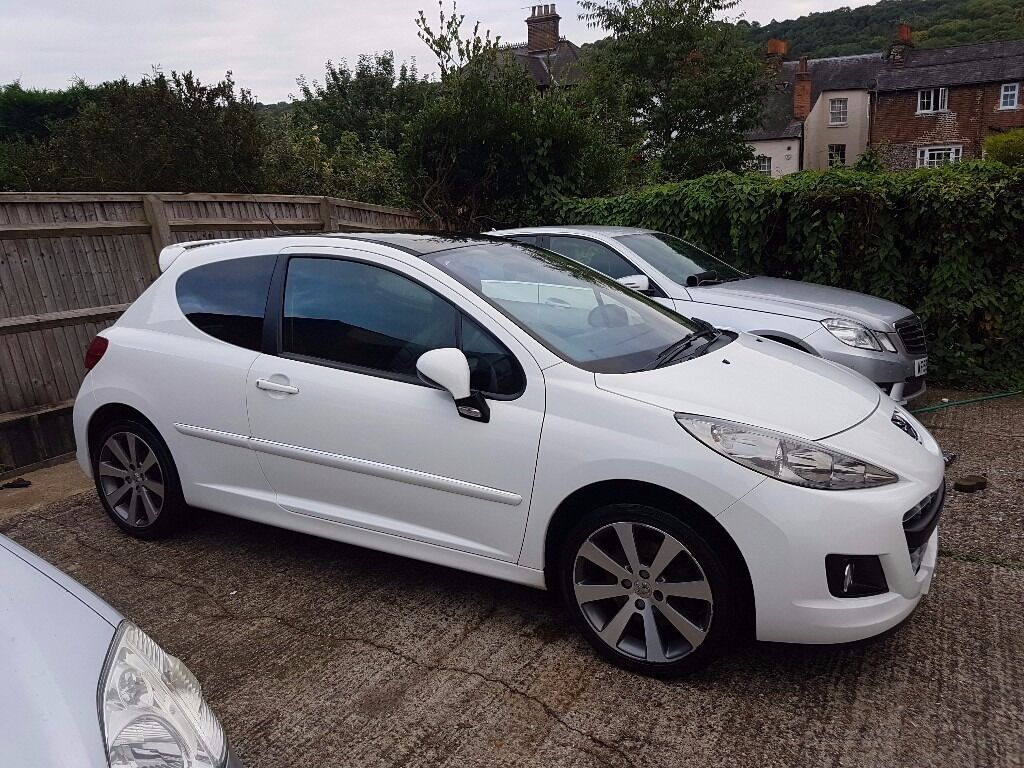 2009 59 peugeot 207 gti 175 turbo panoramic facelift extremely rare list of extras px swap swop. Black Bedroom Furniture Sets. Home Design Ideas