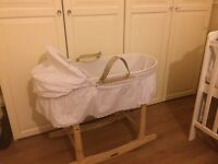 White Claire de lune Moses basket and stand