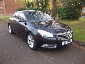Vauxhall Insignia 1.8L SRI 16V 5 Door Hatchback (6 Speed) Black 2011