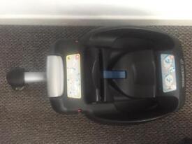 Maxi-Cosi Cabriofix Car Seat & Easyfix Isofix Base