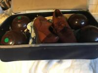 Gents set of 4 bowls in carrying case