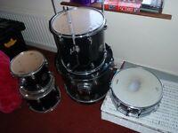 Sonor Force 505 DRUM KIT 5 drums 1 stool 2 symbols & pedestals