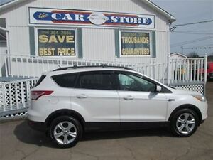 2013 Ford Escape SE!! AWD!!  HTD LEATHER!! PANORAMIC SONROOF!!2.