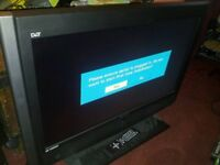 "Grundig 32"" hd ready lcd tv with remote in working order"
