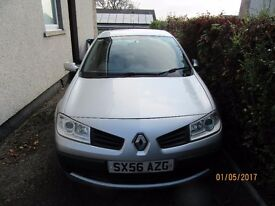 RENAULT MEGANE 1.6L 16V SILVER 5 DOORS 1 DRIVER VERY GOOD CONDITION LOW PRICE