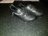 Size 2 sondico football boots