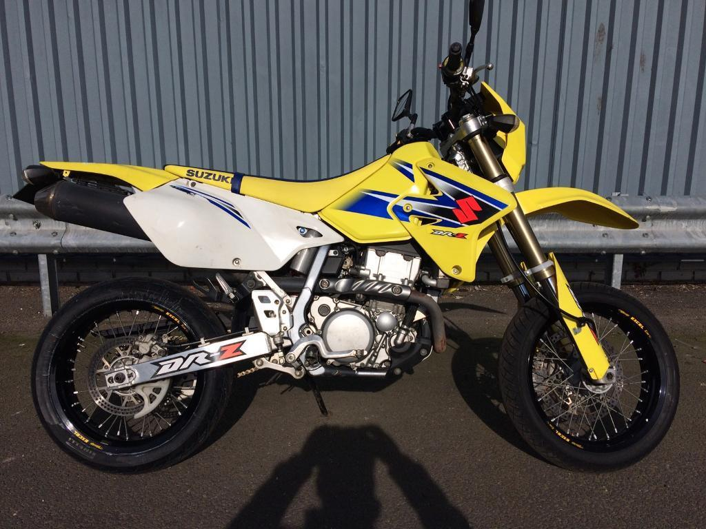 suzuki drz 400 sm yellow and blue great condition only 6847 miles in tooting london gumtree. Black Bedroom Furniture Sets. Home Design Ideas