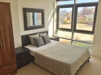NO AGENCY APPLICATION FEES* Large 2 bedroom 1 bathroom apartment overlooking the river.