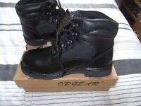 Mens size 9 work boots