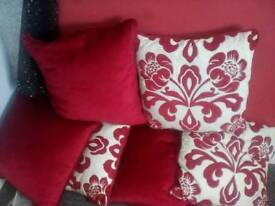 6 red cushions