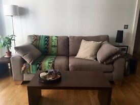 2014 Oak Furnitureland 3 seater sofa in perfect condition