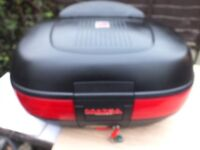 Givi Maxia 50 litre top box with backrest