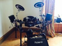 Roland TD 12 Drum Kit hardly used excellent condition
