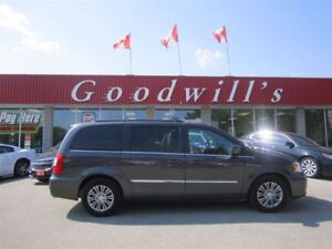 2016 Chrysler Town & Country TOURING L! CLEAN CARPROOF! ROOF RAC