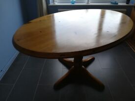 Oval pining dining table