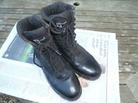 Grafters - Cadet / Security, commando boots. Thinsulate. Size 42. VGC. Leather uppers.