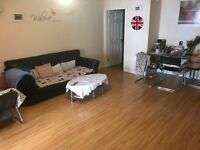 Spacious 2 Bedroom Ground Floor Flat - PRIVATE LANDLORD
