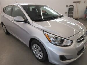 2017 Hyundai Accent GL! ALMOST NEW! BLUETOOTH! HEATED SEATS!