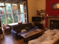 Lovely double room in amazing house share