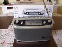 Genuine Roberts Classic 928 Radio