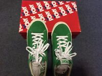 Pony male trainer UK 7 green suede