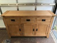 Solid oak 3 door / drawer sideboard * free furniture delivery *