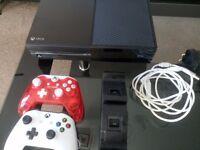 Xbox One 500GB x8 games