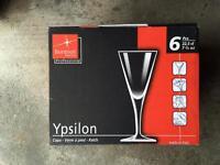 24 Ypsilon white wine glasses 22.5cl