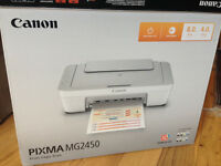 Canon Pixma MG2450 printer, hardly used. Original box and power cable. Print, copy, scan
