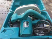 Makita 240v cut off saw (hardly used)
