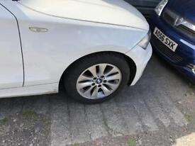 Bmw alloys with brand new tyres