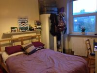 Lovely double room available in two-bed Newington Green flatshare