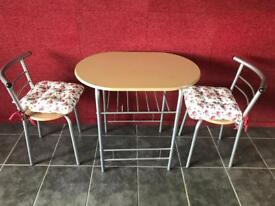 Compact dining table chairs