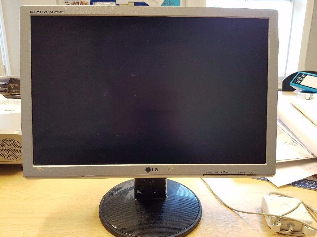 "LG Flatron W1942S 19"" Monitor"