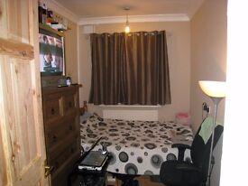Romford Nice Single Room